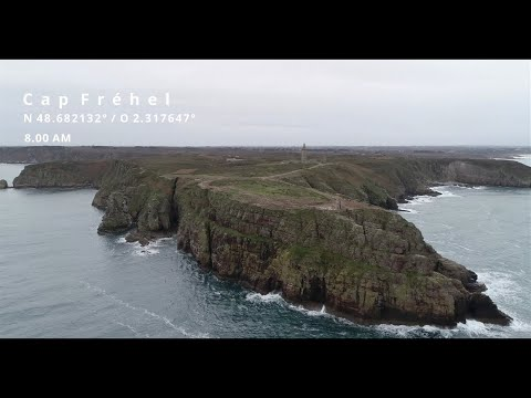 Jump from cape frehel with a kite!