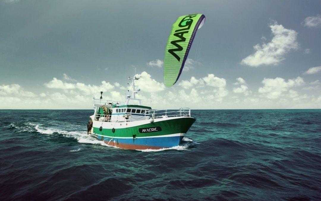 Il crée une aile de kitesurf sur des bateaux de pêche pour réduire de 20% leur consommation de gasoil