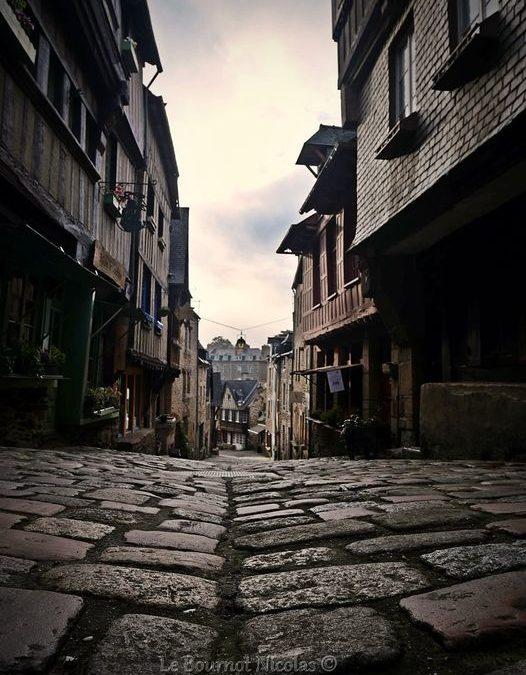 Rue du Jerzual   Les pavés …